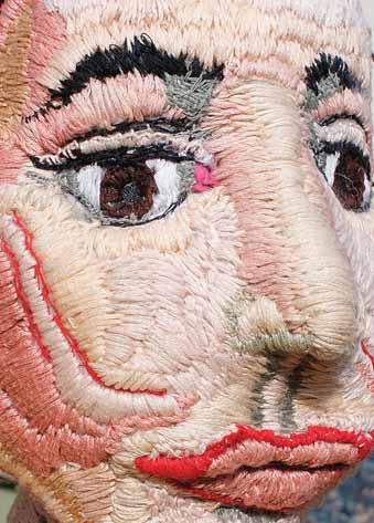 Portret, 2015, tkanina, nici, wys. 40 cm / Portrait, 2015,cloth, thread, hight 40cm