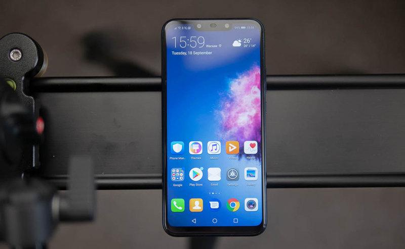 134a69527cf Test smartfonu Huawei Mate 20 lite