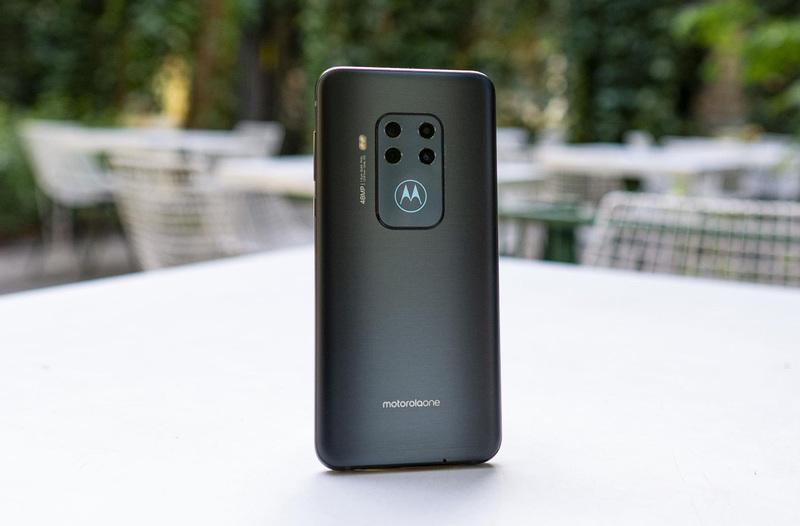 Smartfony Motorola w Polsce - od 279 zł do 1799 zł