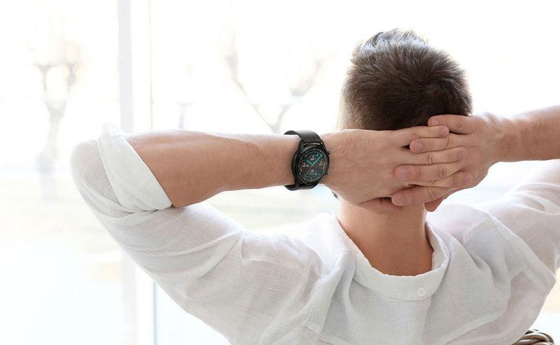 Przedsprzedaż Huawei Watch GT 2 z bezprzewodowymi słuchawki Huawei FreeLace w prezencie