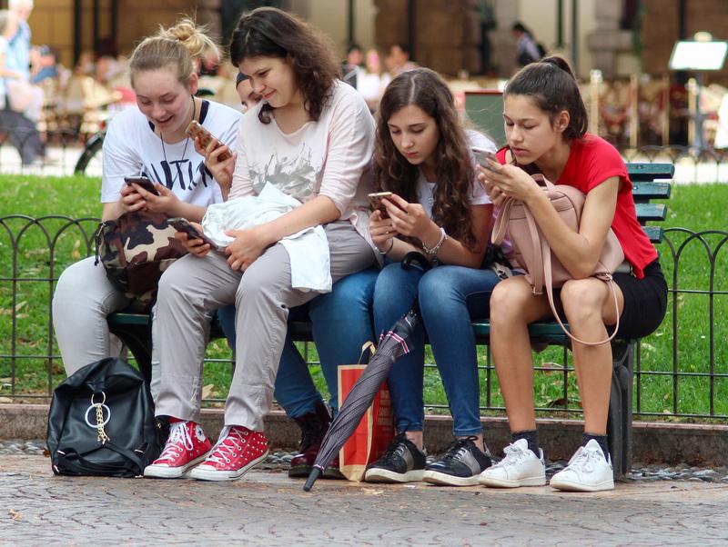 PAKIET EKSTRA 6 GB z Mobilną Aplikację Plus Online