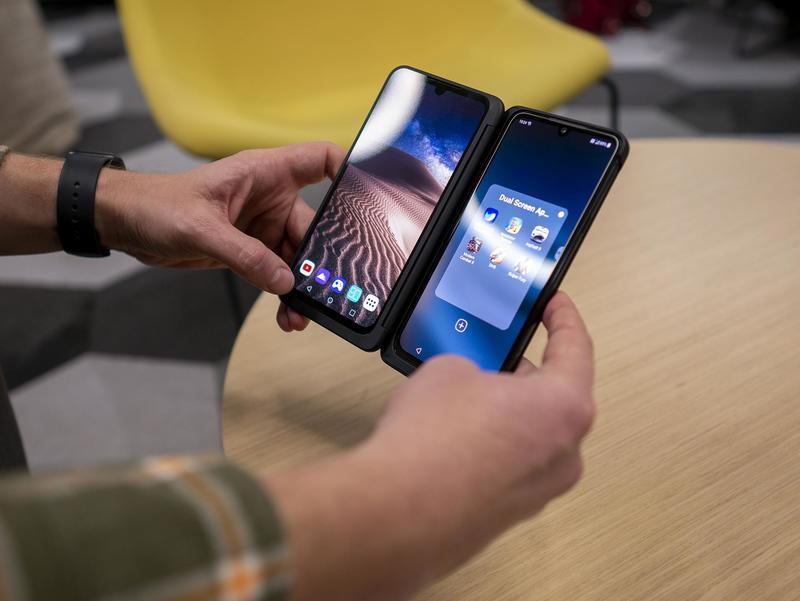 Rozpoczęliśmy właśnie testy smartfonu LG G8X