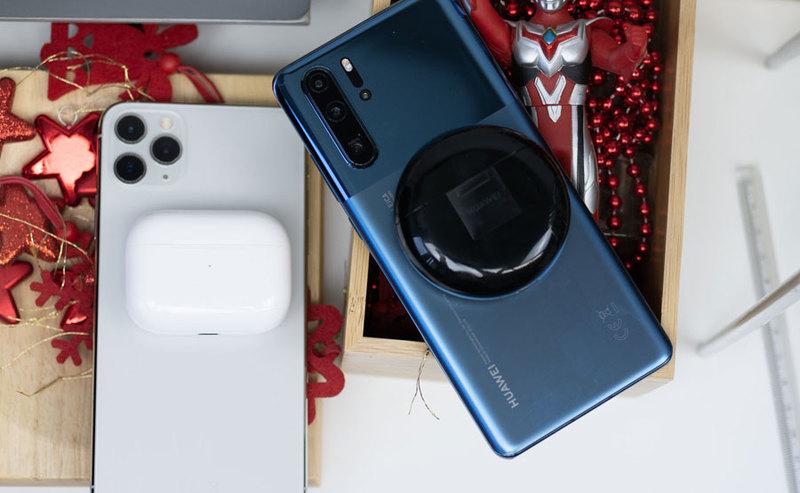 Huawei FreeBuds 3 czy Apple Airpods Pro – które słuchawki są lepsze?