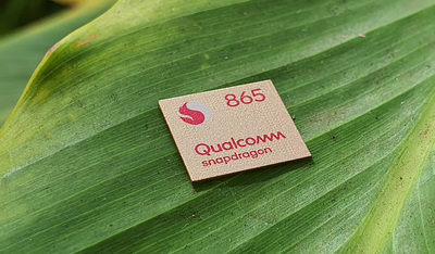 Xiaomi Mi10 z proXiaomi Mi10 z procesorem Snapdragon 865cesorem Snapdragon 865