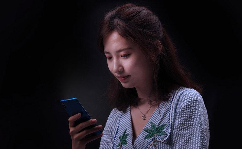Xiaomi Redmi 7A ze słuchawkami Mi In-Ear Headphones Basic za 399 zł
