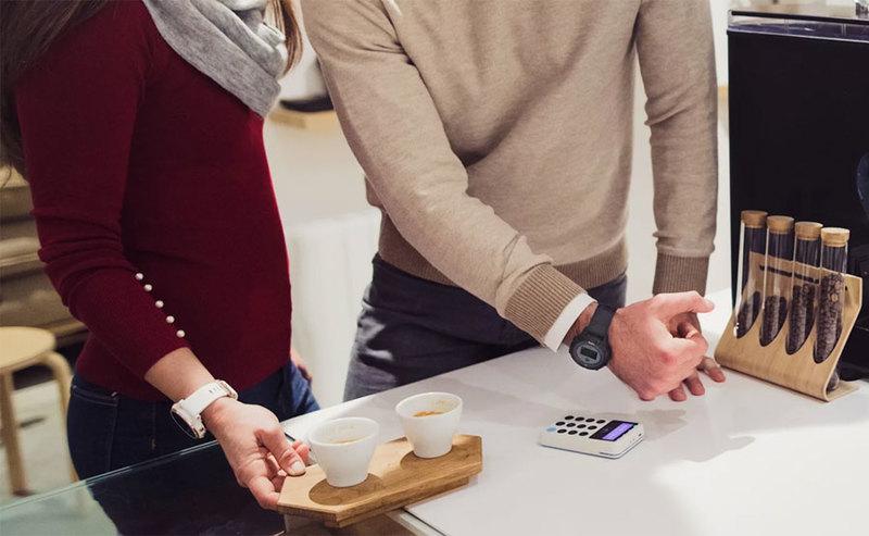 Przedsiębiorcy mogą już płacić Apple Pay i Garmin Pay w PKO Banku Polskim