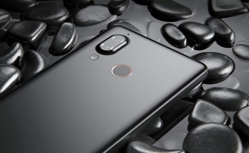 Smartfon Aquos D10 za darmo z telewizorami SHARP