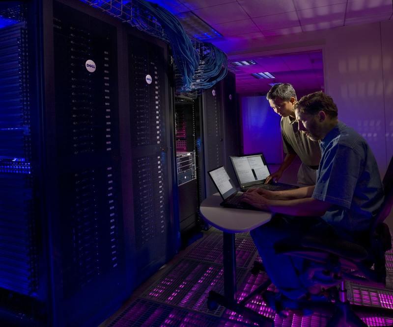 T-Mobile zaczyna odbudowywać spalone data center nad Kanałkiem Żerańskim