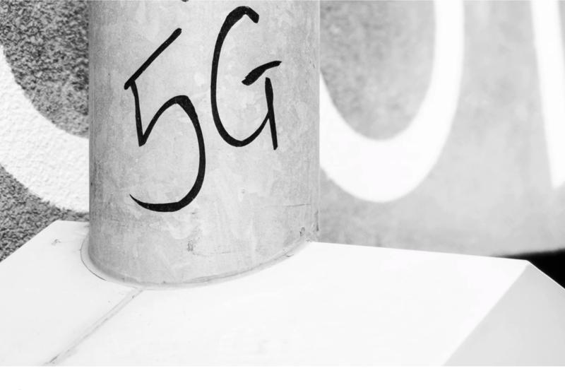 Poseł Koalicji Obywatelskiej dopytuje o zagrożenia 5G - głównym celem blokada budowy nadajnika PLAY