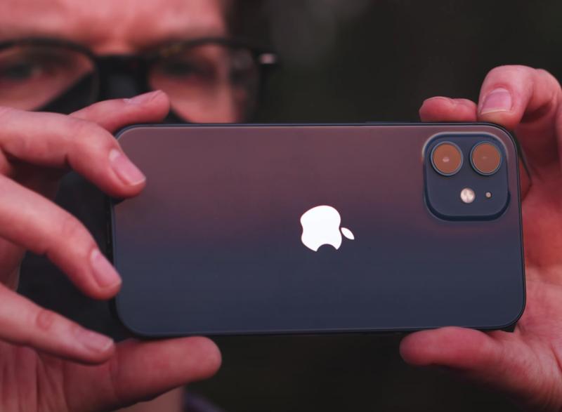 Są pierwsze recenzje iPhone 12 Pro MAX i iPhone 12 Mini