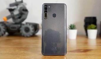 HTC Desire 20 Pro w naszych rękach - wideo