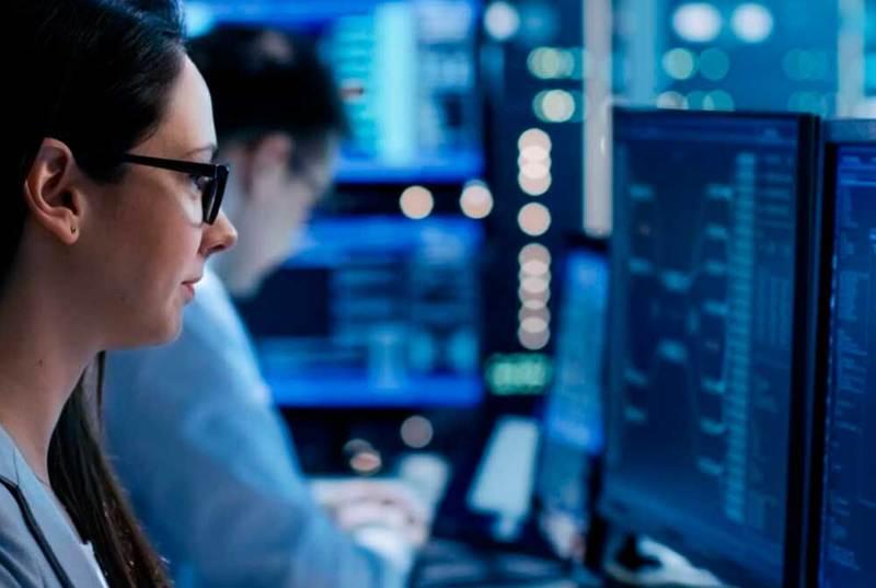 Tysiąc klientów biznesowych korzysta z usług cyberbezpieczeństwa Orange Polska opartych o całodobowy SOC, czyli Security Operations Center.