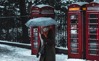 Play na kartę: wyłączenie Wielkiej Brytanii z unijnego roamingu