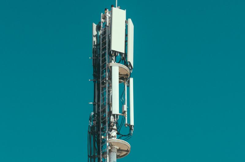 Hiszpański Cellnex przejmie maszty Plusa za 7 mld zł