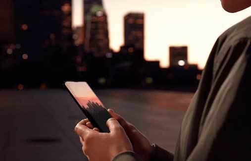 Smartfon Dla Seniora. Jaki Telefon Dla Seniora Kupić?