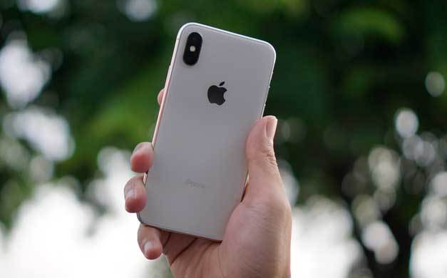 Odnowione smartfony iPhone w Play