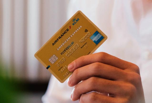 Karty płatnicze bezpieczne - niewiele oszustw