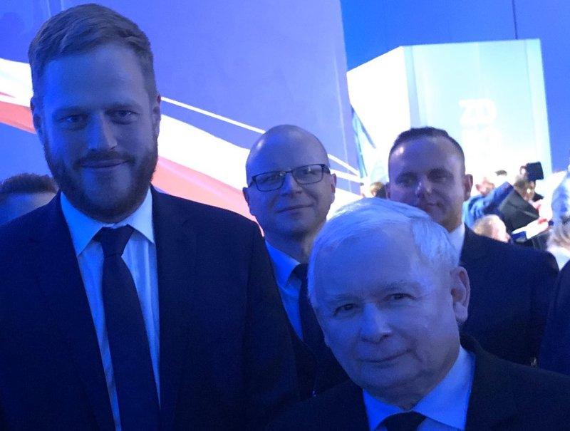 Jest nowy minister odpowiedzialny za informatyzację - zna się na zdrowiu, respiratorach, Chełmie, Mokotowie i na Orange