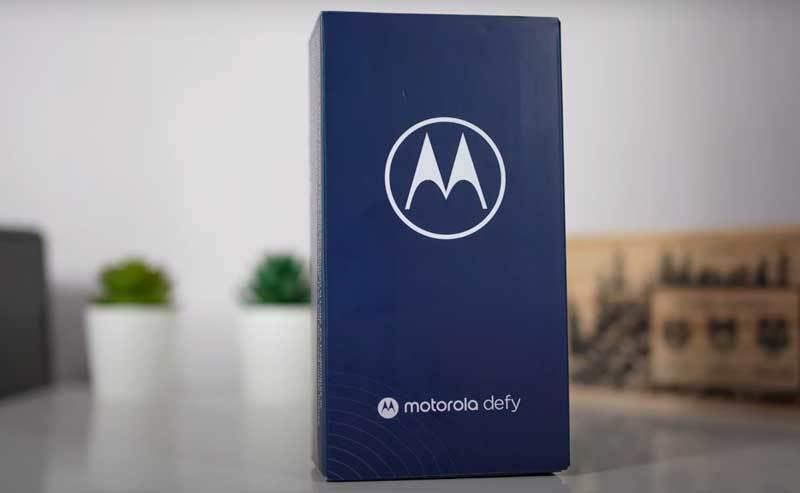 Motorola Defy w naszych rękach - wideo