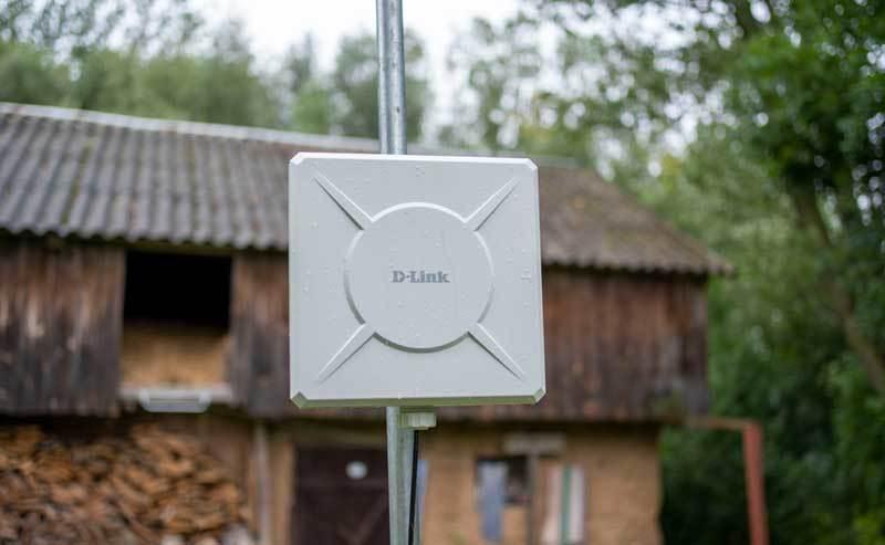 Router D-Link DWP‑812KT z anteną zewnętrzną – recenzja