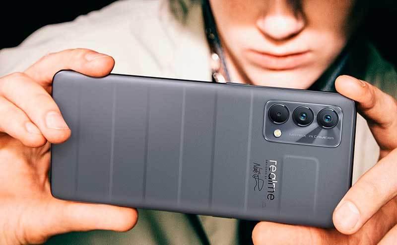 Kup smartfon realme w T-Mobile i zgarnij słuchawki bezprzewodowe
