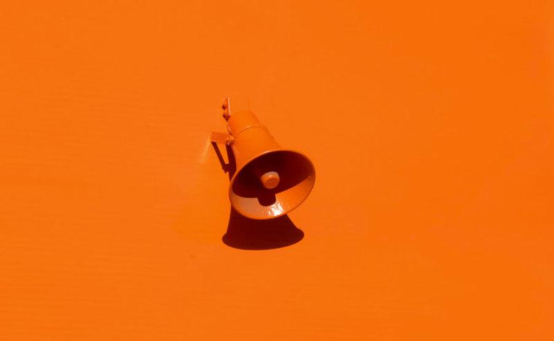 Orange: zamierzamy zatrzymać Huawei w portfelu