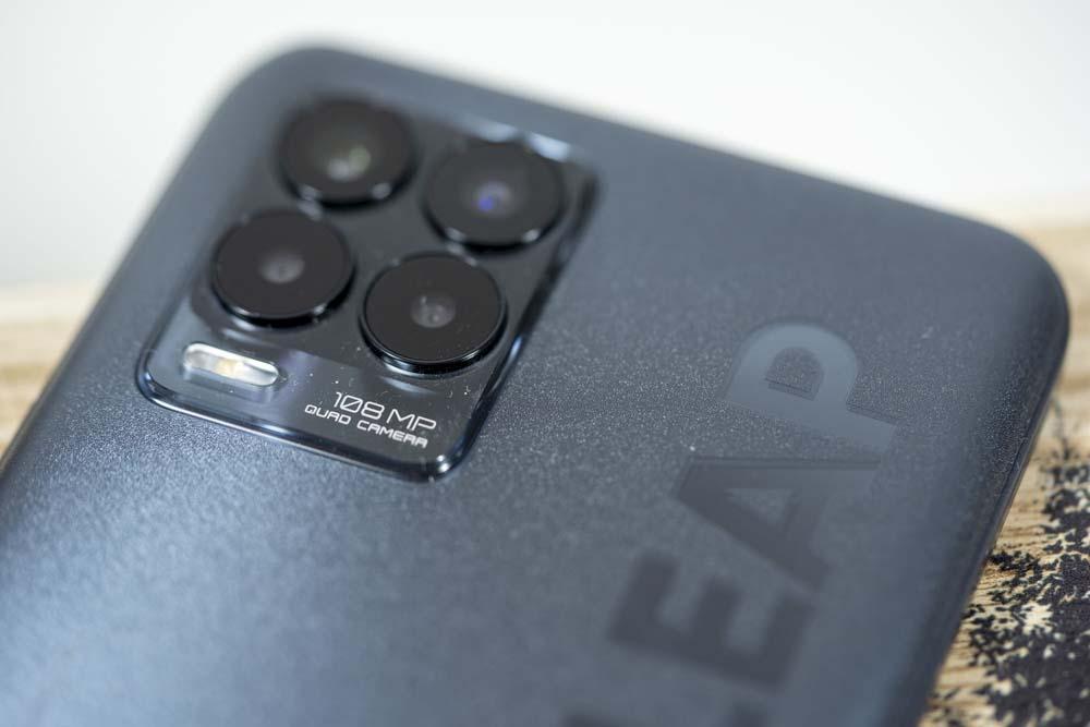 realme 8 i realme 8 Pro – porównanie smartfonów