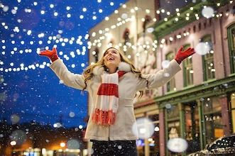 8 Tips to a Stress Free Holiday Season